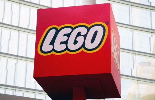 lego-signage-01
