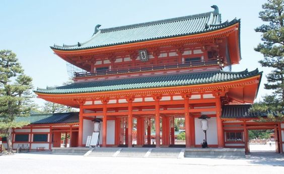 Fushimi-Inari-Shrine-02